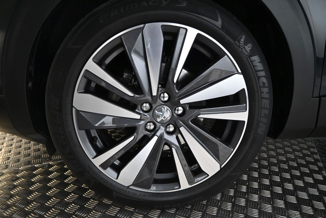 Peugeot - 3008 GT-line 1.2 PureTech 130 5d